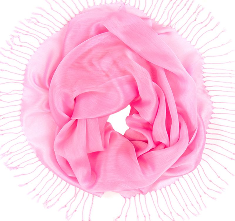 Платок женский Charmante, цвет: розовый. TIVIO357. Размер 170 см х 70 смTIVIO357Однотонный палантин из вискозы с атласным блеском, оформленный по бокам кистями. Благодаря размеру палантин прекрасно драпируется и украсит любой образ.