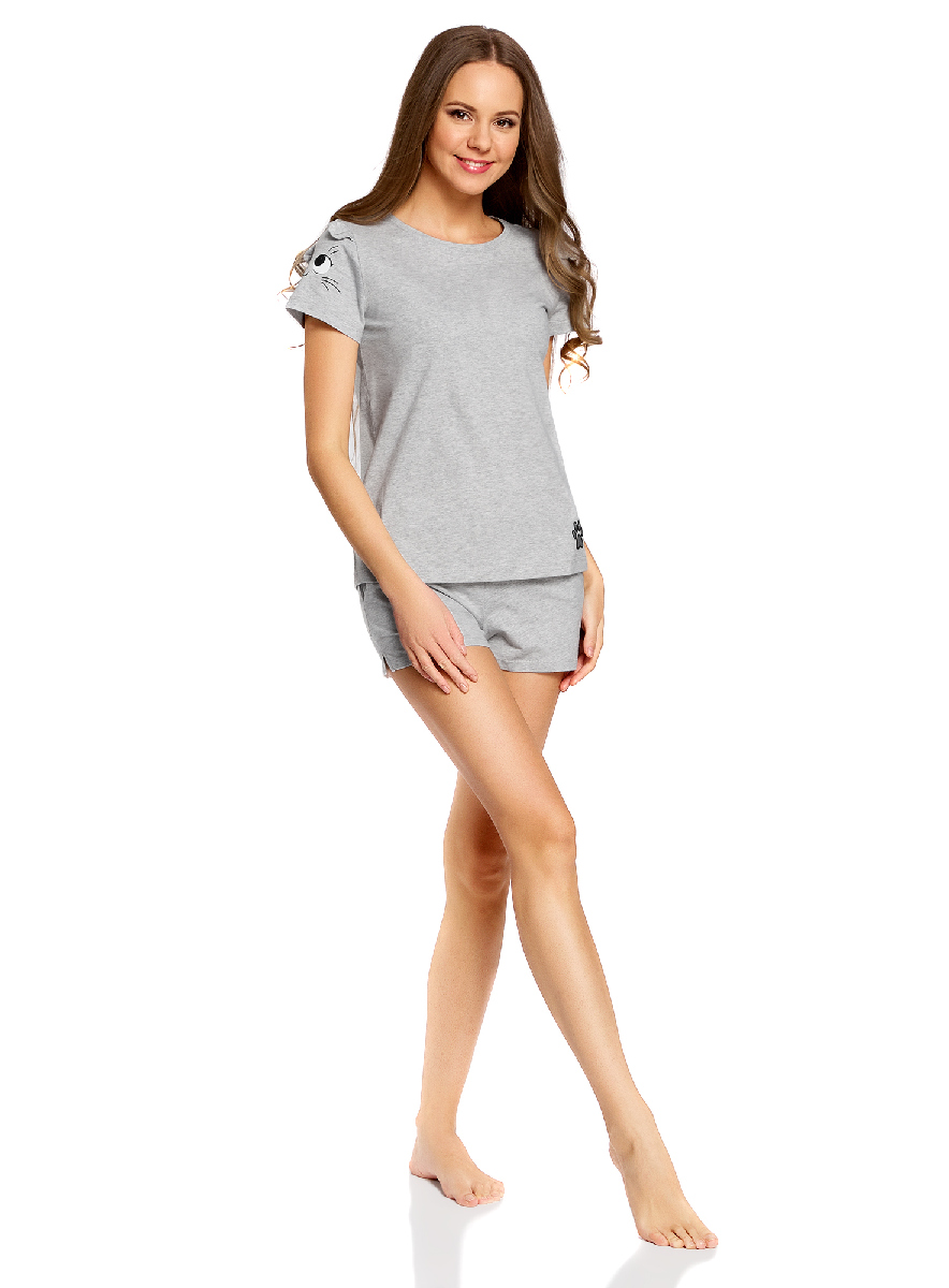 Пижама женская oodji Ultra, цвет: светло-серый. 56002201-3/45532/2029P. Размер M (46)56002201-3/45532/2029PЖенская пижама от oodji, состоящая из футболки и шорт, выполнена из эластичного хлопка. Футболка с короткими оригинальными рукавами, шорты с карманами сзади оформлены принтом.
