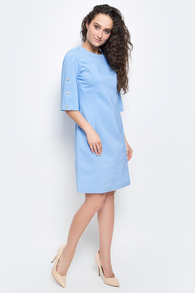 """Платье Baon, цвет: голубой. B457032_Midday Sky. Размер L (48)B457032_Midday SkyСтильное платье Baon выполнено из плотного материала с эффектом """"стрейч"""". Модель приталенного силуэта с круглым вырезом горловины и широкими рукавами длиной 3/4 прекрасно сидит и подчеркивает достоинства фигуры. Платье застегивается на потайную застежку-молнию на спинке. Рукава декорированы золотистыми пуговицами. В таком платье вы будете выглядеть элегантно и женственно."""