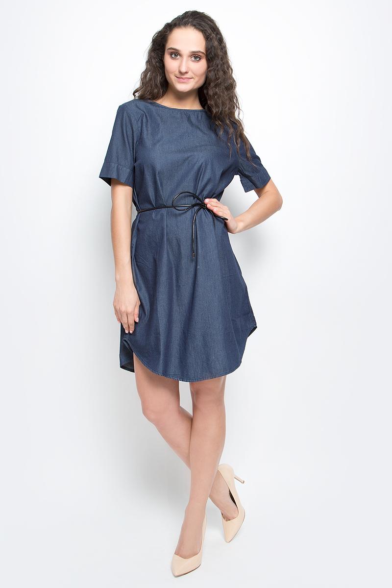 Платье Baon, цвет: темно-синий деним. B457027_Navy Denim. Размер XL (50)B457027_Navy DenimСтильное платье Baon выполнено из легкого эластичного хлопка. Модель свободного кроя с полукруглым низом, круглым вырезом горловины и короткими рукавами подарит вам комфорт в течение всего дня. На талии предусмотрен тонкий поясок из искусственной кожи. В таком платье вы будете выглядеть элегантно и женственно.