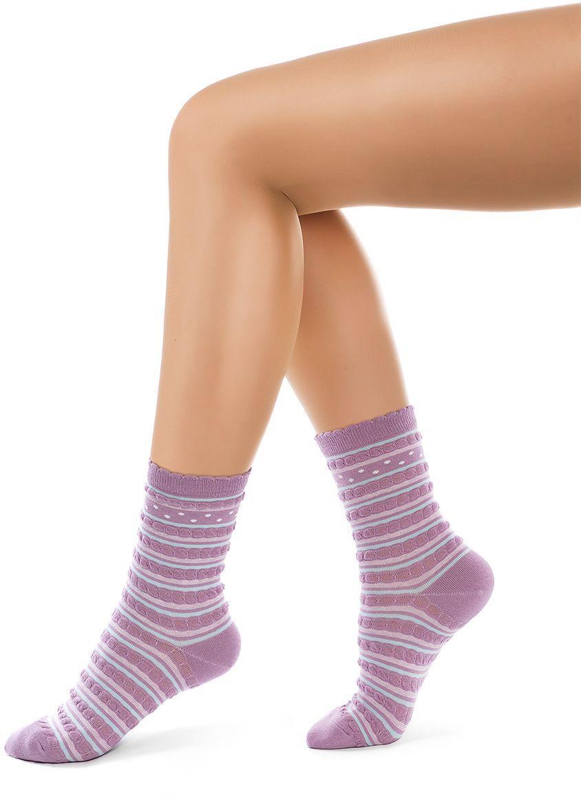 Носки женские Charmante, цвет: сиреневый. SCHK-1611. Размер 23 (35/37)SCHK-1611Женские носки Charmante с удлиненным паголенком изготовлены из высококачественного материалаобеспечивающего великолепную посадку. Удобная широкая резинка идеально облегает ногу и не пережимает сосуды, усиленные пятка и мысок повышают износоустойчивость носка.