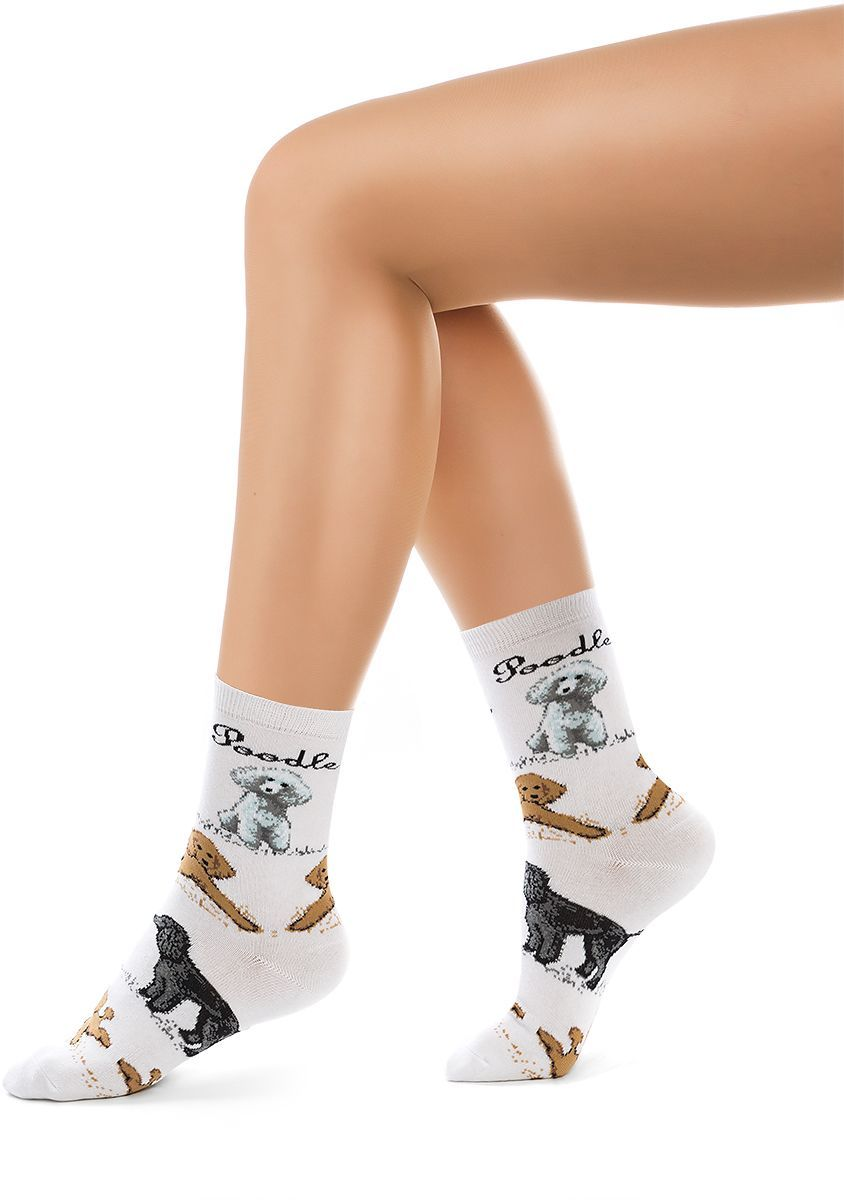 Носки женские Charmante, цвет: белый. SCHK-1613. Размер 23 (35/37)SCHK-1613Женские носки Charmante с удлиненным паголенком изготовлены из высококачественного материалаобеспечивающего великолепную посадку. Удобная широкая резинка идеально облегает ногу и не пережимает сосуды, усиленные пятка и мысок повышают износоустойчивость носка.
