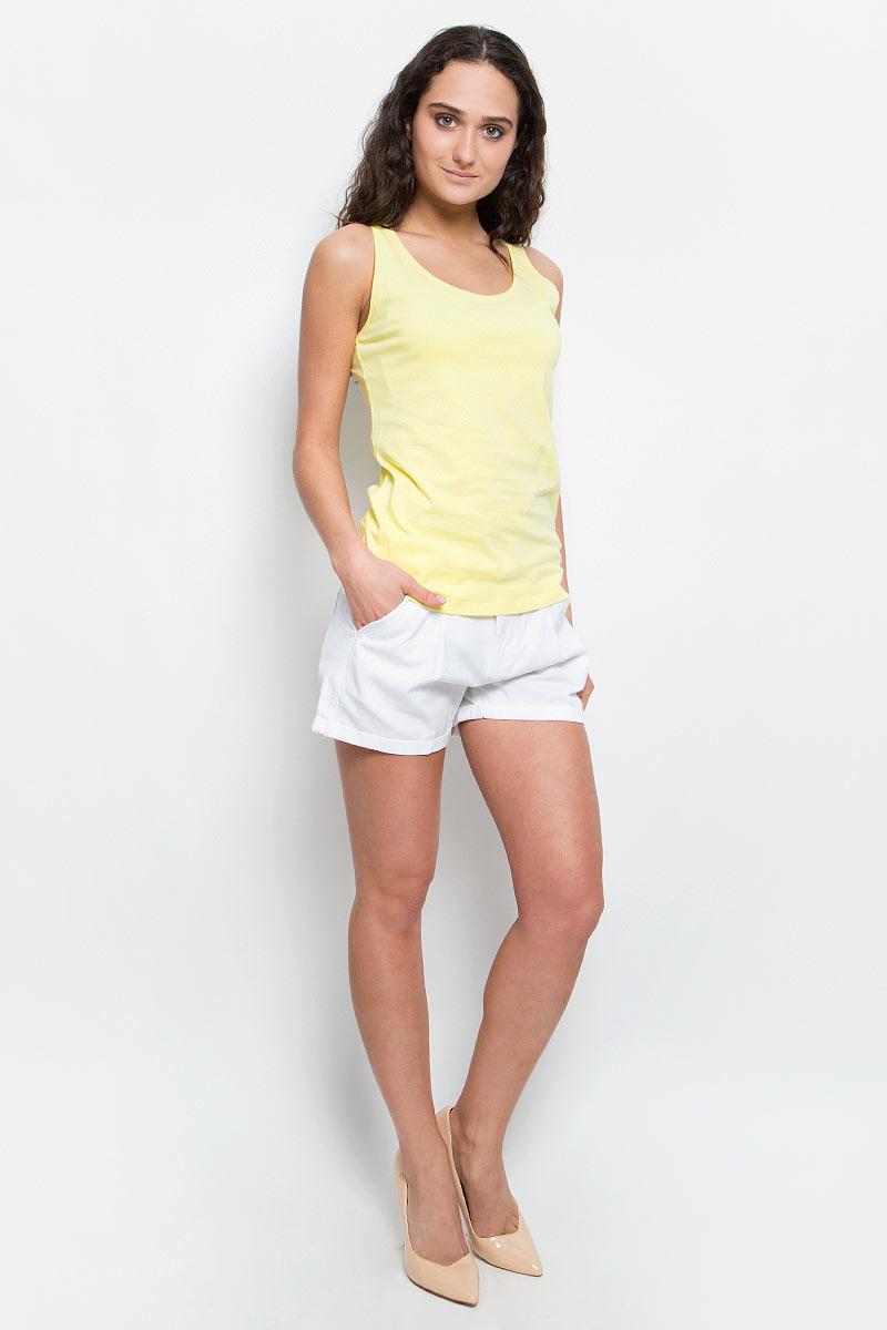 Майка женская Baon, цвет: желтый. B257202_Canary. Размер L (48)B257202_CanaryЖенская майка Baon изготовлена из эластичного хлопка. Модель с круглым вырезом горловины выполнена в лаконичном дизайне. Комфортная майка - отличный выбор на каждый день.
