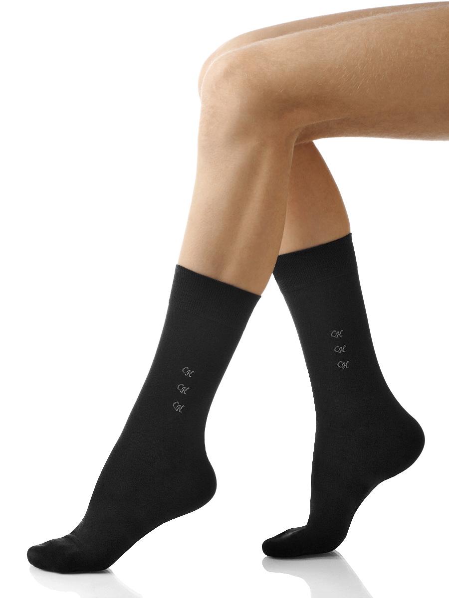 Носки мужские Charmante, цвет: черный. SCHM-1012. Размер 25-27 (39/41)SCHM-1012Мужские носки Charmante с удлиненным паголенком изготовлены из высококачественного материалаобеспечивающего великолепную посадку. Удобная широкая резинка идеально облегает ногу и не пережимает сосуды, усиленные пятка и мысок повышают износоустойчивость носка.