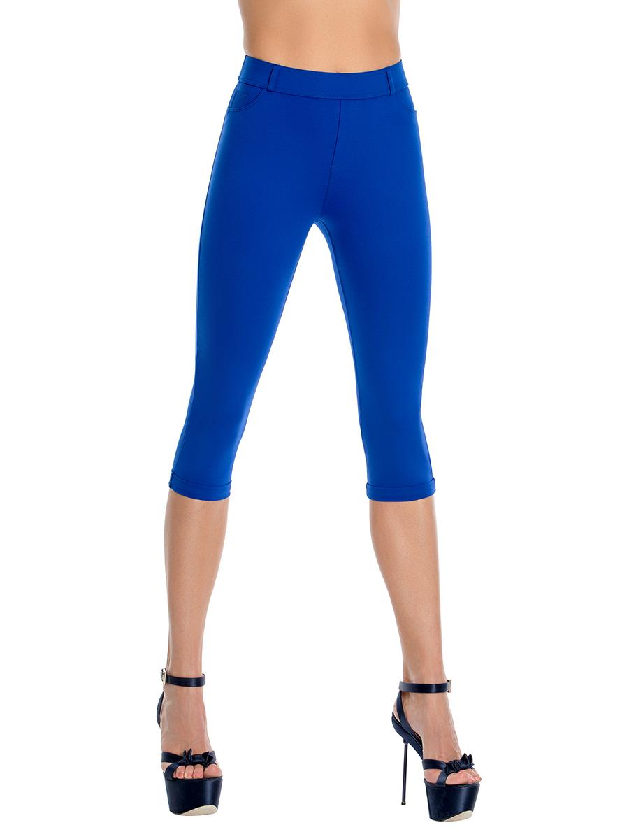 Леггинсы женские Charmante, цвет: синий. LSR1604. Размер M (44)LSR1604Эффектные бриджи – незаменимый атрибут женского гардероба на теплый сезон. Модель длиной до колена выполнена из современного материала, который прекрасно облегает фигуру. Спереди имеются декоративные карманы и имитация клапана-застежки, а сзади - накладные карманы. Широкий эластичный пояс оснащен шлевками для ремня.