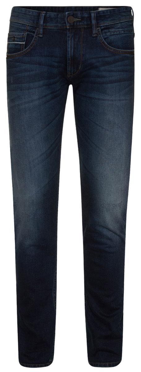 Джинсы мужские Tom Tailor, цвет: темно-синий. 6205616.62.12_1053. Размер 29-32 (44/46-32)6205616.62.12_1053Стильные мужские джинсы Tom Tailor - джинсы высочайшего качества, которые прекрасно сидят. Модель-слим средней посадки изготовлена из высококачественного эластичного хлопка, не сковывает движения и дарит комфорт.Джинсы на талии застегиваются на металлическую пуговицу и ширинку на молнии, а также имеют в поясе шлевки для ремня. Спереди модель дополнена двумя втачными карманами и одним накладным маленьким кармашком, а сзади - двумя большими накладными карманами. Изделие оформленоперманентными складками. Эти модные и в тоже время удобные джинсы помогут вам создать оригинальный современный образ.