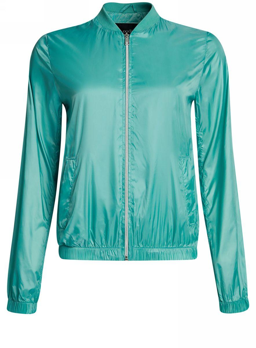 Куртка женская oodji Ultra, цвет: зеленый. 10303056/46708/6D00N. Размер 38-170 (44-170)10303056/46708/6D00NЖенская легкая куртка-бомбер oodji Ultra выполнена из высококачественного материала. Модель с трикотажным воротником застегивается на застежку-молнию. Низ куртки и манжеты дополнены эластичными вставками. Спереди расположено два втачных кармана.