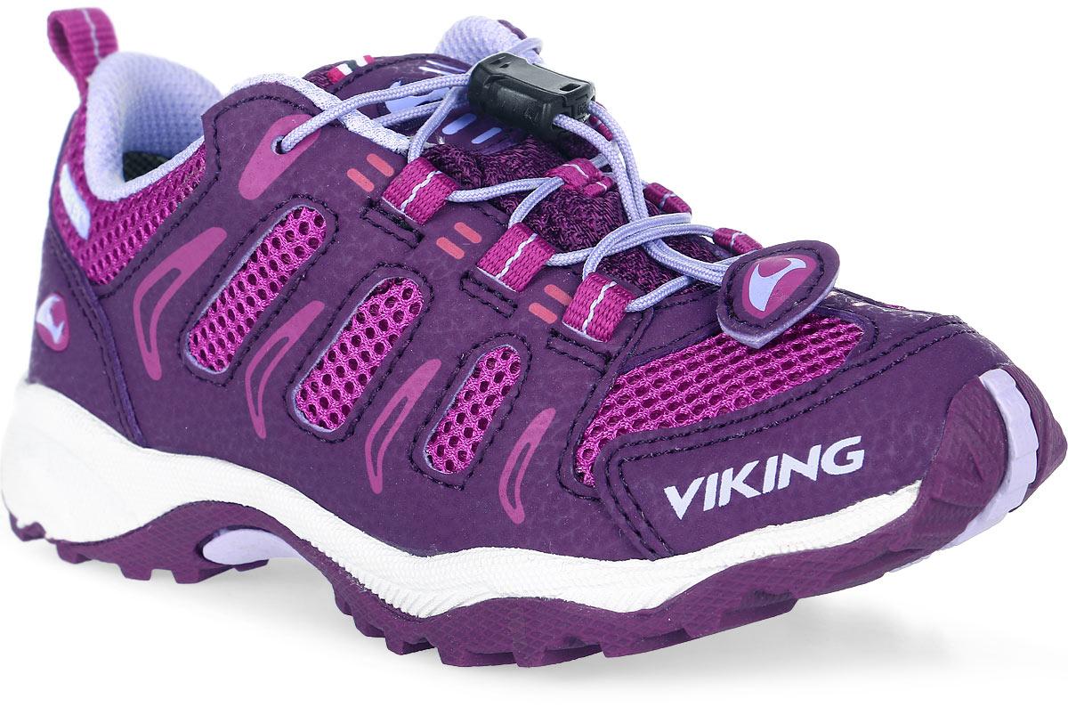Кроссовки для девочки Viking Terminator Gtx, цвет: фиолетовый, сиреневый. 3-42450-06239. Размер 323-42450-06239Кроссовки для девочки от Viking выполнены из дышащего текстиля и искусственной кожи. Модель на подъеме дополнена шнуровкой, обеспечивающей надежную фиксацию обуви на ноге. Текстильный ярлычок на заднике облегчает обувание модели. Подкладка и стелька выполнены из полиэстера. Облегченная подошва из вспененного полимера и резины оснащена рифлением, что повышает сцепление с любым покрытием, улучшает амортизацию и поглощает удары. Комфортные и модные кроссовки - незаменимая вещь в гардеробе вашего ребенка.