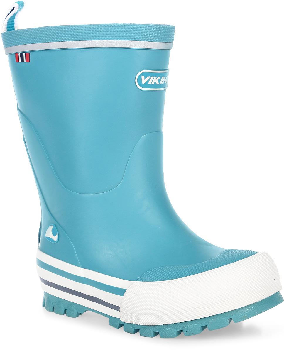 Сапоги резиновые для мальчика Viking Jolly, цвет: голубой. 1-12150-00022. Размер 361-12150-00022Модные резиновые сапоги от Viking - идеальная обувь в дождливую погоду для вашего мальчика. Модель с противоударным носком оформлена эмблемой с названием бренда. Внутренняя поверхность и стелька, выполненные из синтетического материала со скрученными волокнами, способствующими поддержанию тепла, комфортны при ходьбе. Ярлычок на заднике облегчает обувание модели. Светоотражающая полоска увеличивает безопасность вашего ребенка в темное время суток. Подошва с протектором гарантирует отличное сцепление с любой поверхностью. Резиновые сапоги - необходимая вещь в гардеробе каждого мальчика.