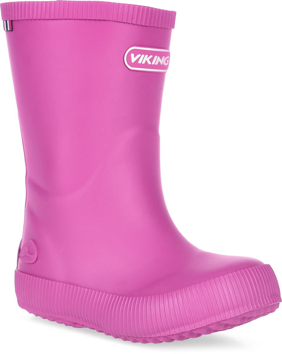 Сапоги резиновые для девочки Viking Classic Indie, цвет: розовый. 1-13200-00017. Размер 321-13200-00017Модные резиновые сапоги от Viking - идеальная обувь в дождливую погоду для вашей девочки. Модель лаконичного дизайна оформлена эмблемой с названием бренда. Внутренняя поверхность и стелька, выполненные из синтетического материала со скрученными волокнами, способствующими поддержанию тепла, комфортны при ходьбе. Подошва с протектором гарантирует отличное сцепление с любой поверхностью. Резиновые сапоги - необходимая вещь в гардеробе каждого ребенка.