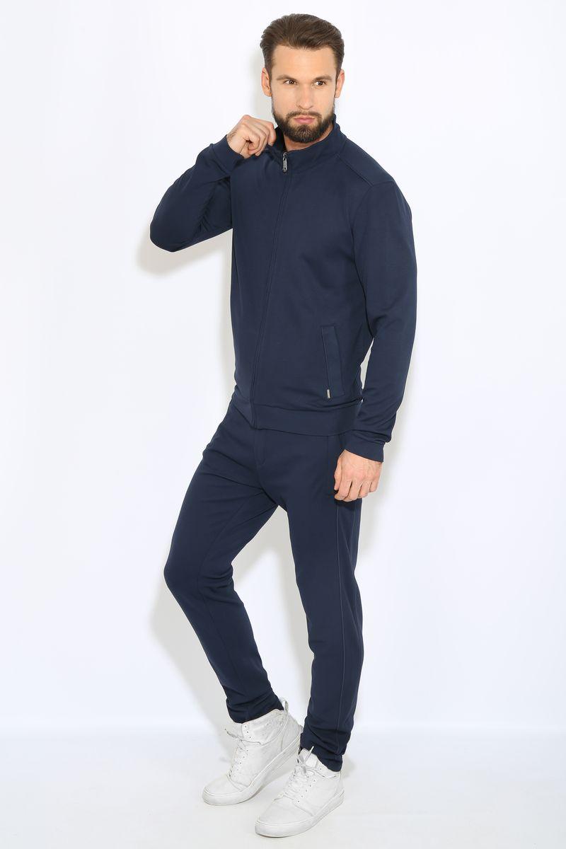 Кофта мужская Finn Flare, цвет: темно-синий. B17-42022. Размер M (48)B17-42022Мужская кофта Finn Flare изготовлена из качественного комбинированного материала. Изделие тактильно приятное идеально подойдет для занятий спортом и для повседневной носки.Модель с воротником-стойкой и длинными рукавами застегивается на застежку-молнию. Спереди кофта дополнена двумя втачными карманами на молнии. Украшено изделие небольшой нашивкой с названием бренда.