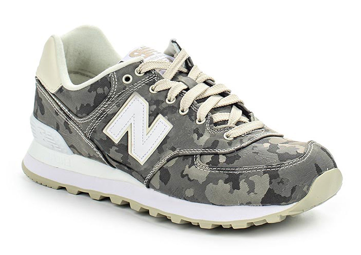 Кроссовки женские New Balance 574, цвет: камуфляж. WL574MWB/B. Размер 8,5 (40)WL574MWB/BСтильные женские кроссовки от New Balance придутся вам по душе. Верх модели выполнен из нейлона и натуральной кожи. По бокам обувь оформлена декоративными элементами в виде фирменного логотипа бренда, на язычке - фирменной нашивкой. Классическая шнуровка надежно зафиксирует изделие на ноге. Подошва оснащена рифлением для лучшей сцепки с поверхностями. Удобные кроссовки займут достойное место среди коллекции вашей обуви.