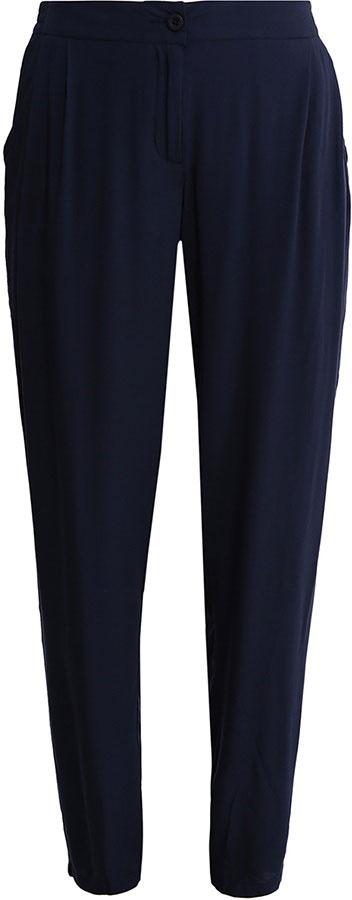 Брюки женские Finn Flare, цвет: темно-синий. S17-14031_101. Размер L (48)S17-14031_101Стильные женские брюки Finn Flare станут отличным дополнением к вашему гардеробу. Модель изготовлена из вискозы, она великолепно пропускает воздух и обладает высокой гигроскопичностью. Застегиваются брюки на пуговицу и ширинку на застежке-молнии. На поясе имеются шлевки для ремня. Эти модные и в тоже время удобные брюки помогут вам создать оригинальный современный образ. В них вы всегда будете чувствовать себя уверенно и комфортно.