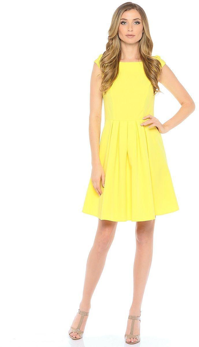 Платье Milton, цвет: желтый. WD-2606F. Размер 46WD-2606FЛетнее платье прилегающего силуэта, отрезное по линии талии, без рукавов. На спущенном плече обработаны декоративные банты. Юбка расклешенная, со складками от талии.