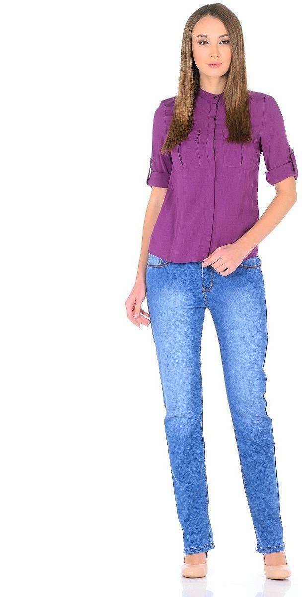 Джинсы женские Milton, цвет: светло-синий. WZ-1754C. Размер 29 (44/46)WZ-1754CСтильные женские джинсы Milton выполнены из хлопка с добавлением полиэстера и спандекса. Материал мягкий на ощупь, не сковывает движения и позволяет коже дышать. На поясе предусмотрены шлевки для ремня. Джинсы со средней посадкой застегиваются на пуговицу в поясе и ширинку на застежке-молнии.