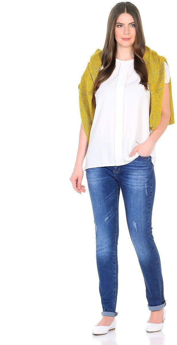 Джинсы женские Milton, цвет: синий. WZ-1756C. Размер 34 (50)WZ-1756CСтильные женские джинсы Milton выполнены из хлопка с добавлением полиэстера и спандекса. Материал мягкий на ощупь, не сковывает движения и позволяет коже дышать. На поясе предусмотрены шлевки для ремня. Джинсы со средней посадкой застегиваются на пуговицу в поясе и ширинку на застежке-молнии.