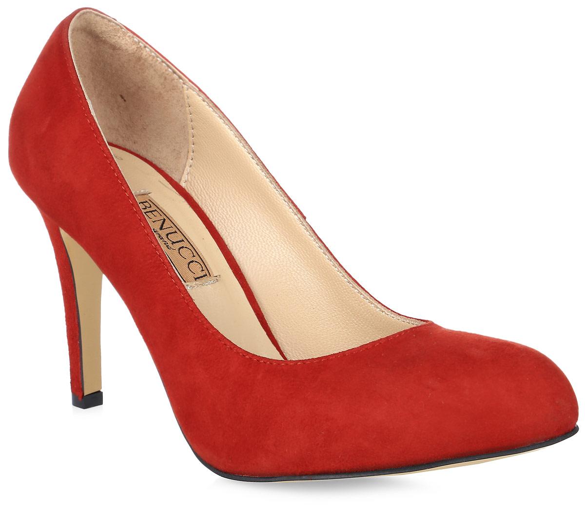 Туфли женские Benucci, цвет: красный. 8070_замша. Размер 388070_замшаЭлегантные женские туфли от Benucci займут достойное место в коллекции вашей обуви. Модель изготовлена из высококачественной натуральной замши. Невероятно мягкая стелька из натуральной кожи, дополненная логотипом бренда, обеспечивает максимальный комфорт при движении. Высокий каблук устойчив. Подошва с рифлением не скользит. Изысканные туфли добавят шика в модный образ и подчеркнут ваш безупречный вкус.