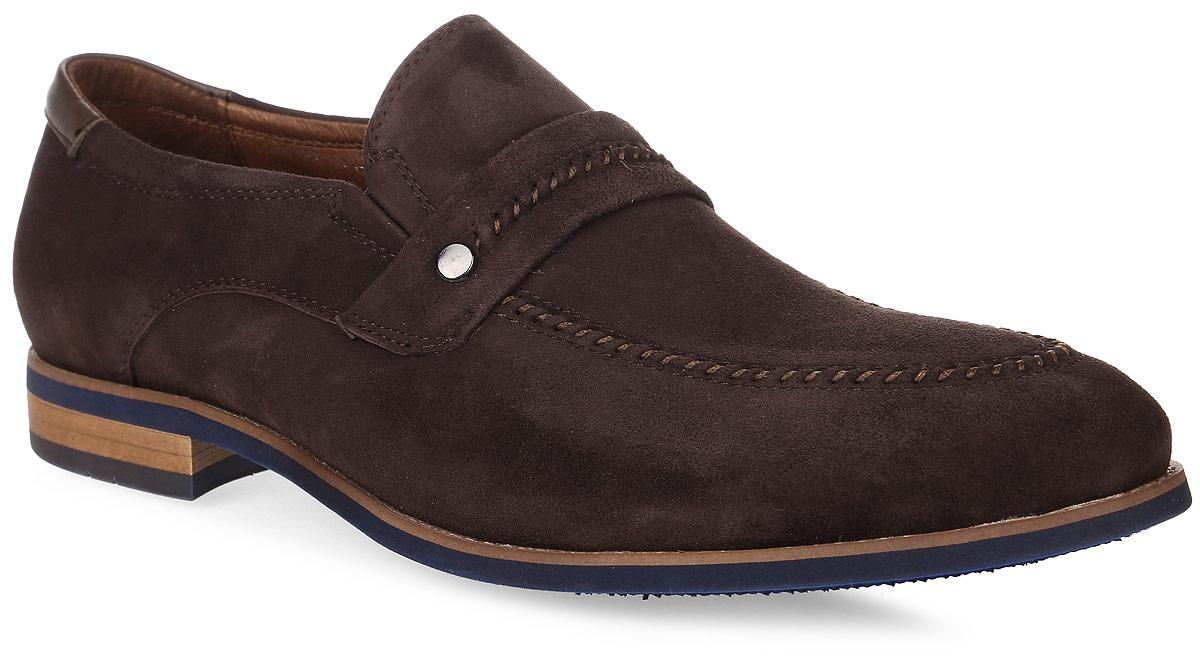 Туфли мужские El Tempo, цвет: темно-коричневый. CCH27_118-606-1. Размер 41CCH27_118-606-1_D BROWNКлассические мужские туфли от El Tempo изготовлены из натурального высококачественного велюра и оформлены декоративным ремнем с металлической заклепкой и оригинальной прострочкой в области подъема. Резинки, расположенные на подъеме, отвечают за оптимальную посадку модели на ноге. Внутренняя поверхность и стелька выполнены из натуральной кожи, гарантирующей комфорт при движении. Стелька дополнена перфорацией, которая позволяет ногам дышать. Невысокий каблук устойчив. Каблук и подошва, изготовленные из вспененного полимера ЭВА, - с рифленой поверхностью.