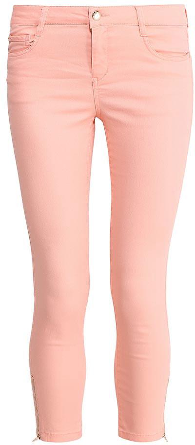 Брюки женские Sela, цвет: пепельно-персиковый. P-315/796-7213. Размер 48P-315/796-7213Стильные укороченные брюкиSela, изготовленные из качественного хлопкового материала, станут отличным дополнением гардероба в летний период. Брюки прилегающего кроя и стандартной посадки на талии застегиваются на застежку-молнию и пуговицу. На поясе имеются шлевки для ремня. Низ брючин оформлен металлическими молниями с боков. Модель дополнена двумя втачными и накладным кармашком спереди и двумя накладными карманами сзади.