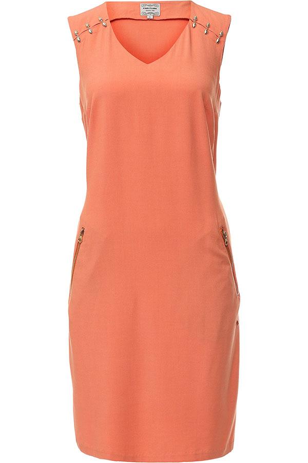 Платье Finn Flare, цвет: розовый. S17-11012_333. Размер L (48)S17-11012_333Платье Finn Flare выполнено из 100% вискозы. Модель с V-образным вырезом горловины по бокам дополнена карманами.