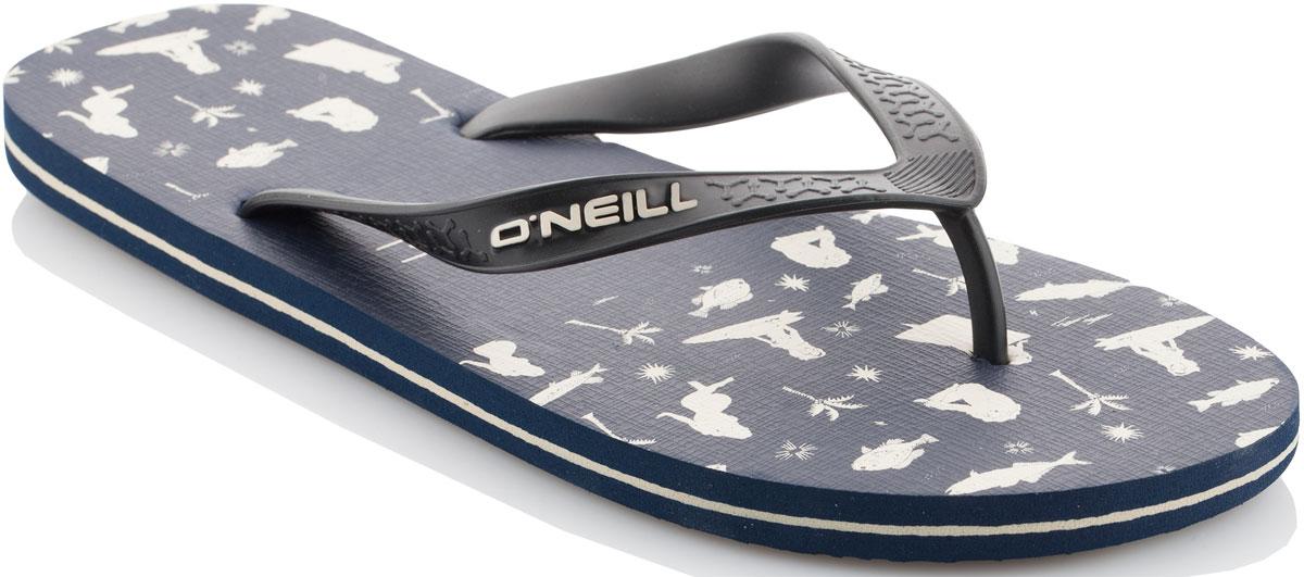 Сланцы мужские ONeill Fm Profile Pattern Flip Flops, цвет: темно-синий. 7A4528-5990. Размер 42 (41)7A4528-5990Сланцы от ONeill незаменимы для пляжного сезона. Модель выполнена из качественного полимерного материала. Перемычка между пальцами отвечает за надежную фиксацию модели на ноге. Удобная подошва оформлена оригинальным принтом.