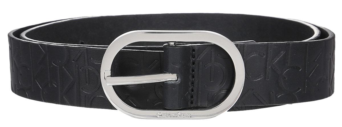 Ремень женский Calvin Klein Jeans, цвет: черный. K60K602239_0010. Размер 95K60K602239_0010Женский ремень Calvin Klein выполнен из 100% натуральной кожи. Овальная пряжка выполнена из металла, она позволит легко и быстро зафиксировать ремень и отрегулировать его длину.Уважаемые клиенты! Обращаем ваше внимание на тот факт, что размер ремня, доступный для заказа, является его длиной.