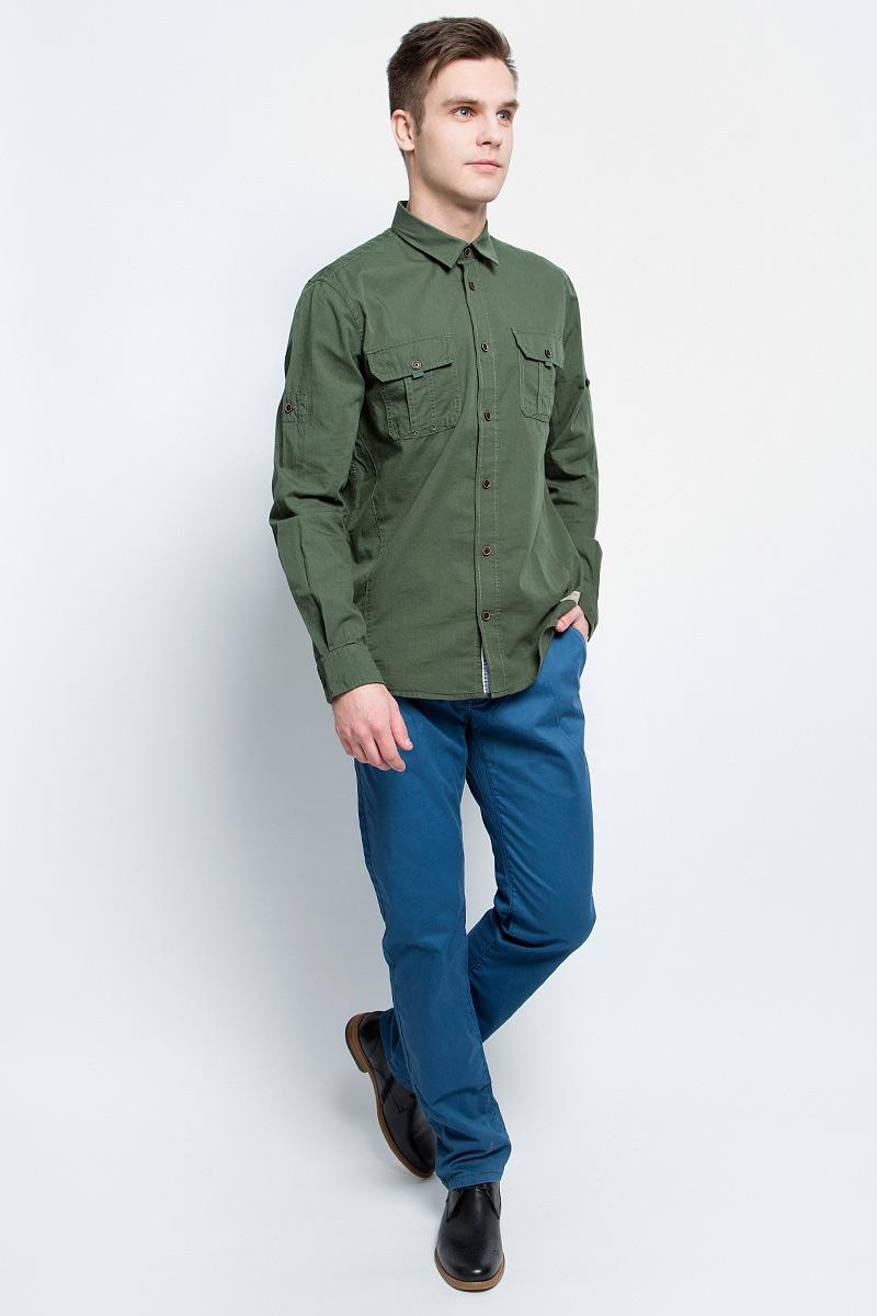 Рубашка мужская Tom Tailor, цвет: зеленый . 2033111.00.10_7398. Размер L (50)2033111.00.10_7398Мужская рубашка Tom Tailor, выполненная из натурального хлопка, идеально дополнит ваш образ. Материал мягкий и приятный на ощупь, не сковывает движения и позволяет коже дышать.Рубашка классического кроя с длинными рукавами и отложным воротником застегивается на пуговицы по всей длине. Манжеты на рукавах также застегиваются на пуговицы. На груди модель дополнена двумя накладными карманами с клапанами на пуговице.Такая модель будет дарить вам комфорт в течение всего дня и станет стильным дополнением к вашему гардеробу.