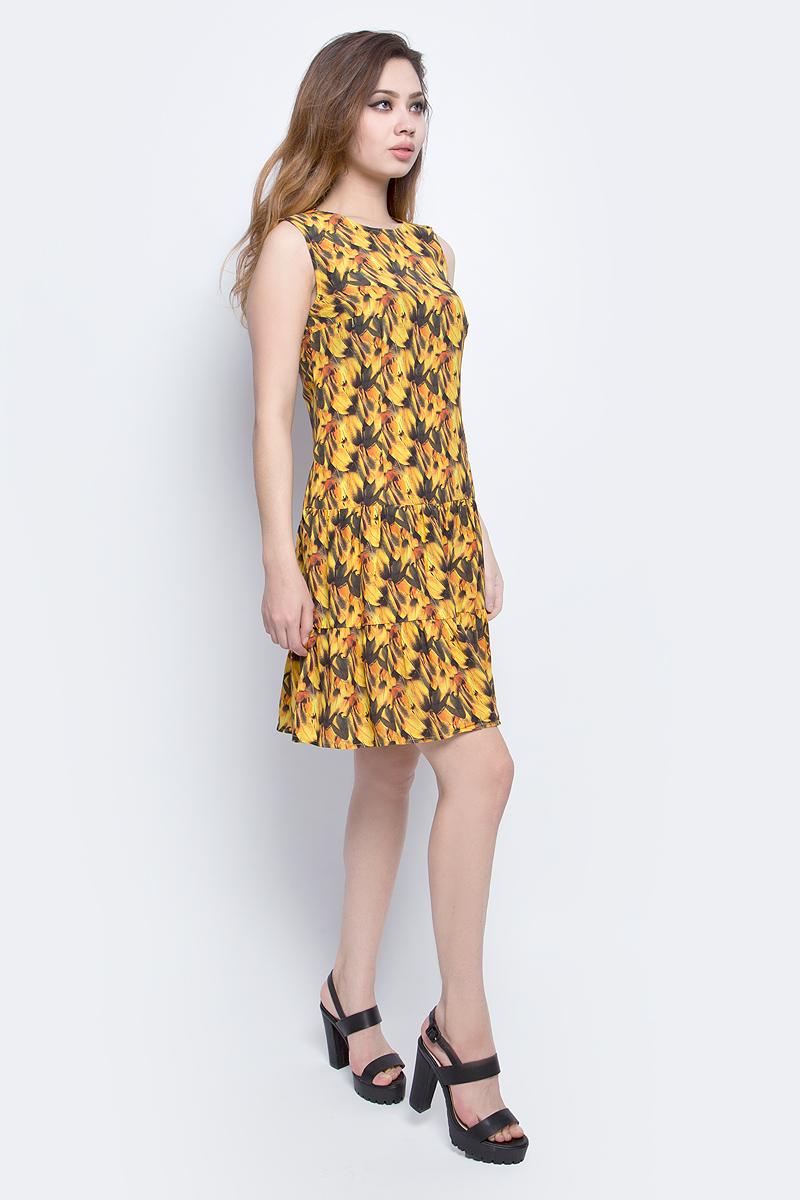 Платье Finn Flare Chapurin, цвет: желтый. CS17-17035_410. Размер L (48)CS17-17035_410Платье Finn Flare Chapurin выполнена из 100% вискозы. Модель с круглым вырезом горловины сзади застегивается на пуговицу.