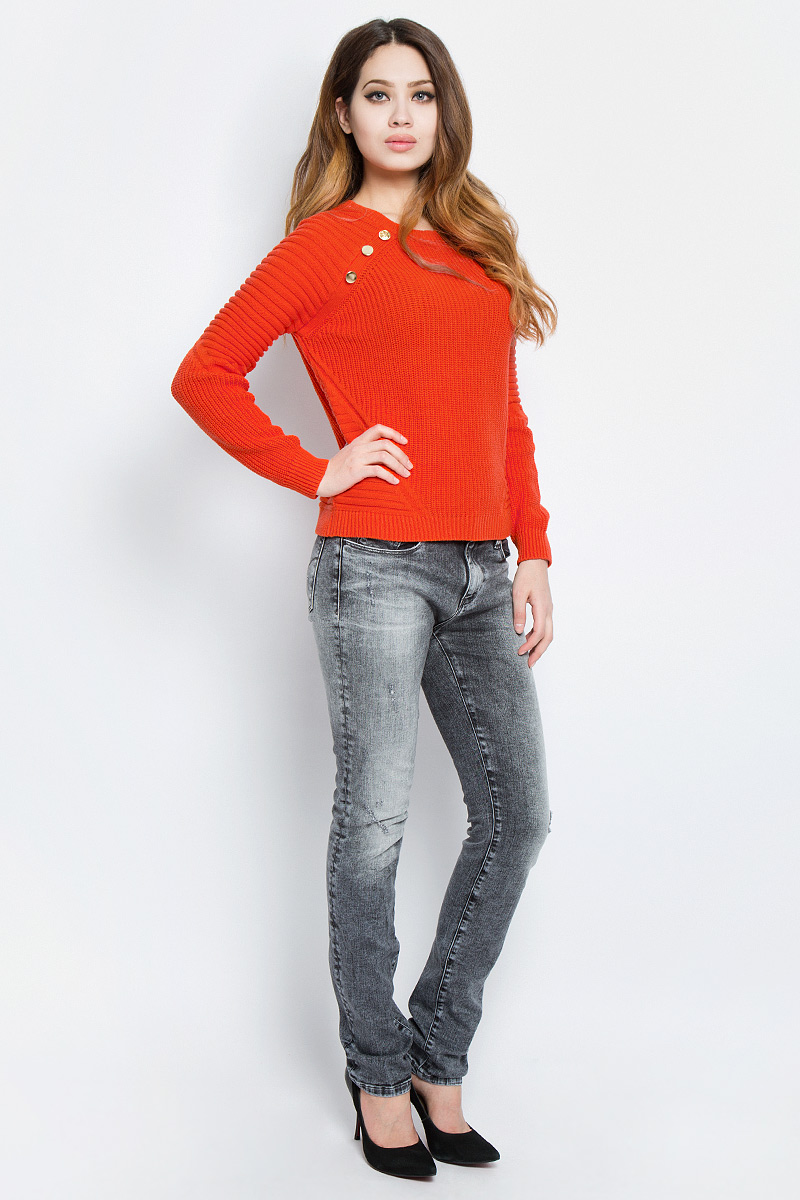 Свитер женский Tom Tailor Denim, цвет: оранжевый. 3022610.00.71_4711. Размер S (44)3022610.00.71_4711Стильный женский свитер Tom Tailor Denim выполнен из натуральной хлопковой вязки. Свитер приятный на ощупь и не сковывает движений, хорошо вентилируется и позволяет коже дышать. Модель прямого кроя с длинными рукавами и круглым вырезом горловины оформлена крупной вязкой и украшена декоративными пуговицами. Низ рукавов, горловина и низ изделия связаны резинкой.Элегантный свитер - идеальный вариант для создания модного образа.