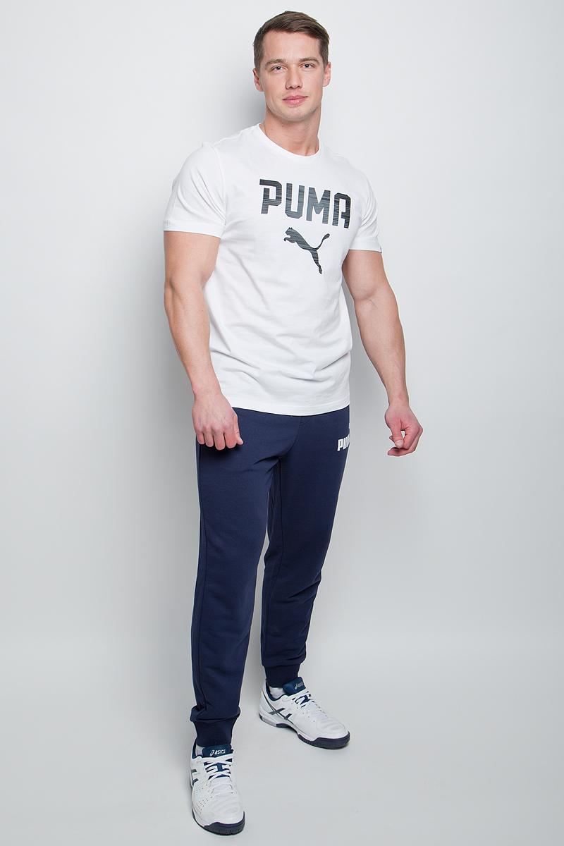 Брюки спортивные мужские Puma ESS No.1 Sweat PantsTR cl, цвет: синий. 838265_06. Размер XS (44/46)838265_06Мужские спортивные брюки ESS No.1 Sweat Pants TR cl изготовлены из хлопка с добавлением полиэстера. Среди отличительных особенностей изделия - пояс с продернутыми затягивающимися шнурами, карманы в швах, нашитая сверху задняя кокетка для лучшей посадки по фигуре, а также отделка манжет по низу штанин трикотажем в резинку. Брюки декорированы прорезиненным логотипом PUMA.