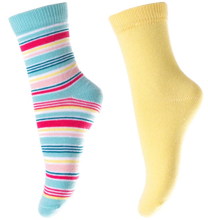 Носки для девочки PlayToday, цвет: желтый, голубой, 2 пары. 172040. Размер 18172040Носки PlayToday, изготовленные из высококачественного материала, прекрасно подойдут вашему ребенку. Эластичная резинка плотно облегает ножку ребенка, не сдавливая ее. Усиленная пятка и мысок обеспечивают надежность и долговечность.