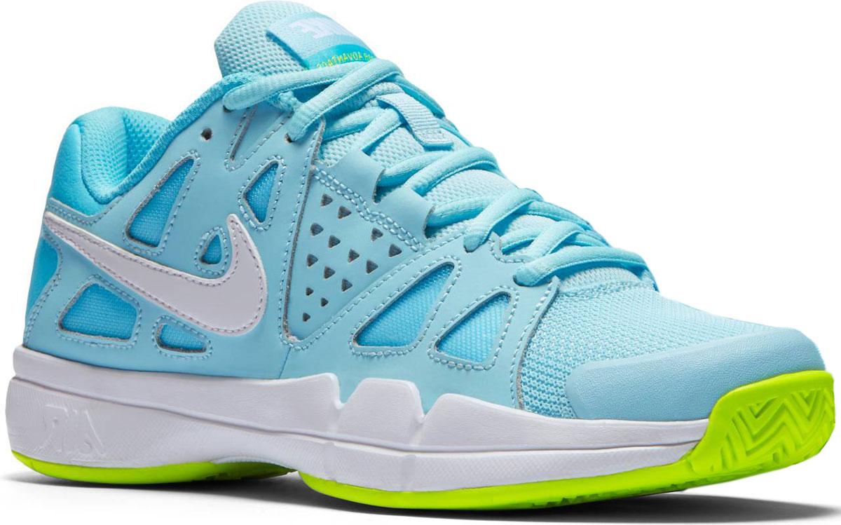 Кроссовки для тенниса женские Nike Air Vapor Advantage, цвет: голубой. 599364-400. Размер 7 (37,5)599364-400Женские теннисные кроссовки Air Vapor Advantage от Nike повторяют форму стопы, позволяя играть максимально быстро и эффективно. Модель выполнена из текстиля, натуральной и искусственной кожи. Подкладка и стелька из текстиля комфортны при движении. Инновационная система шнуровки позволяет отрегулировать посадку и поддержку стопы.Амортизирующий модуль Air-Sole в области пятки защищает от ударов. Протектор подошвы XDR для отличного сцепления.
