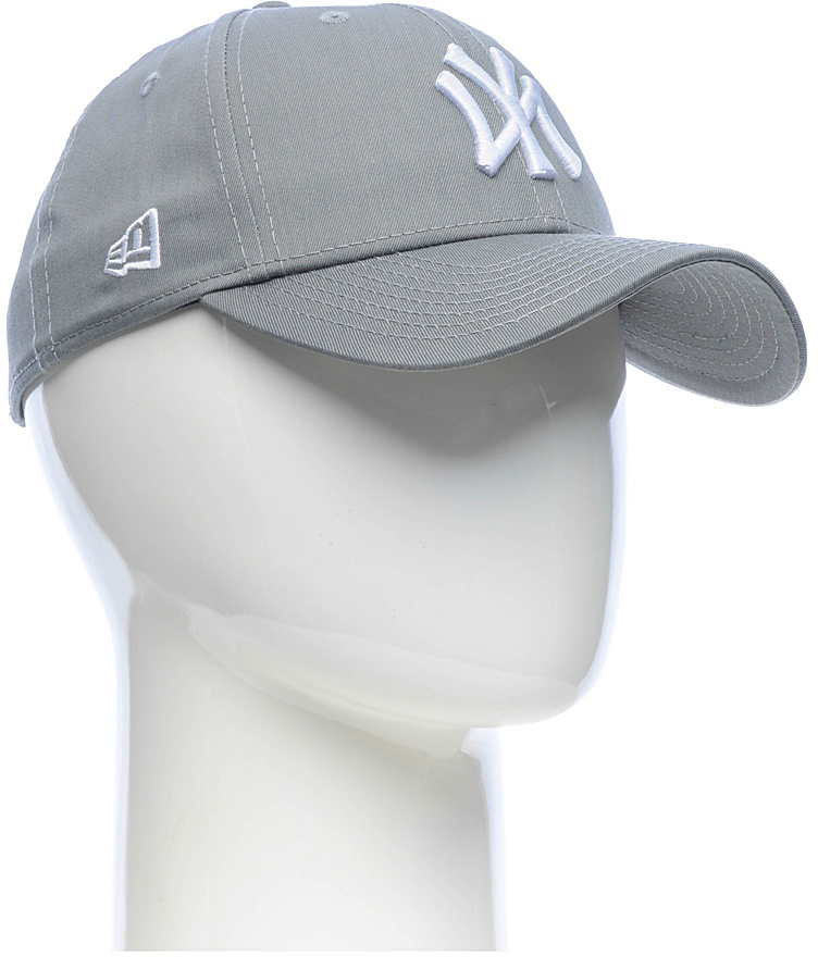 Бейсболка New Era Mlb New York Yankees, цвет: серый. 11379842-GRA. Размер универсальный11379842-GRAСтильная бейсболка New Era, выполненная из высококачественного материала, идеально подойдет для прогулок, занятий спортом и отдыха.Изделие оформлено объемным вышитым логотипом знаменитой бейсбольной команды New York Yankees и логотипом бренда New Era.Бейсболка надежно защитит вас от солнца и ветра. Эта модель станет отличным аксессуаром и дополнит ваш повседневный образ.