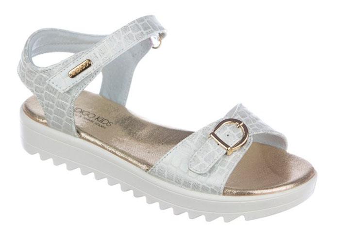 Сандалии для девочки Indigo Kids, цвет: белый. 21-306A/12. Размер 3521-306A/12Модные сандалии от Indigo Kids очень удобны и невероятно легки, они придутся по душе вашей девочке и идеально подойдут для повседневной носки в летнюю погоду! Модель выполнена из натуральной и искусственной кожи, оформлена ремешками с застежками на пряжке и липучке, позволяющими регулировать обхват по размеру. Подошва с рифлением гарантирует отличное сцепление с любой поверхностью.Каждое движение в этой обуви приносит радость и удовольствие.
