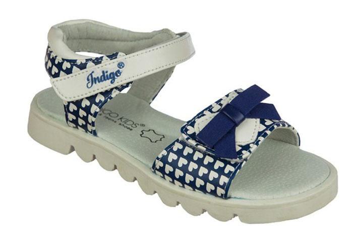 Сандалии для девочки Indigo Kids, цвет: синий. 21-317B/12. Размер 2821-317B/12Модные сандалии от Indigo Kids очень удобны и невероятно легки, они придутся по душе вашей девочке и идеально подойдут для повседневной носки в летнюю погоду! Модель выполнена из натуральной и искусственной кожи, оформлена ремешком с застежкой на липучке, позволяющей регулировать обхват по размеру. Подошва с рифлением гарантирует отличное сцепление с любой поверхностью.Каждое движение в этой обуви приносит радость и удовольствие.