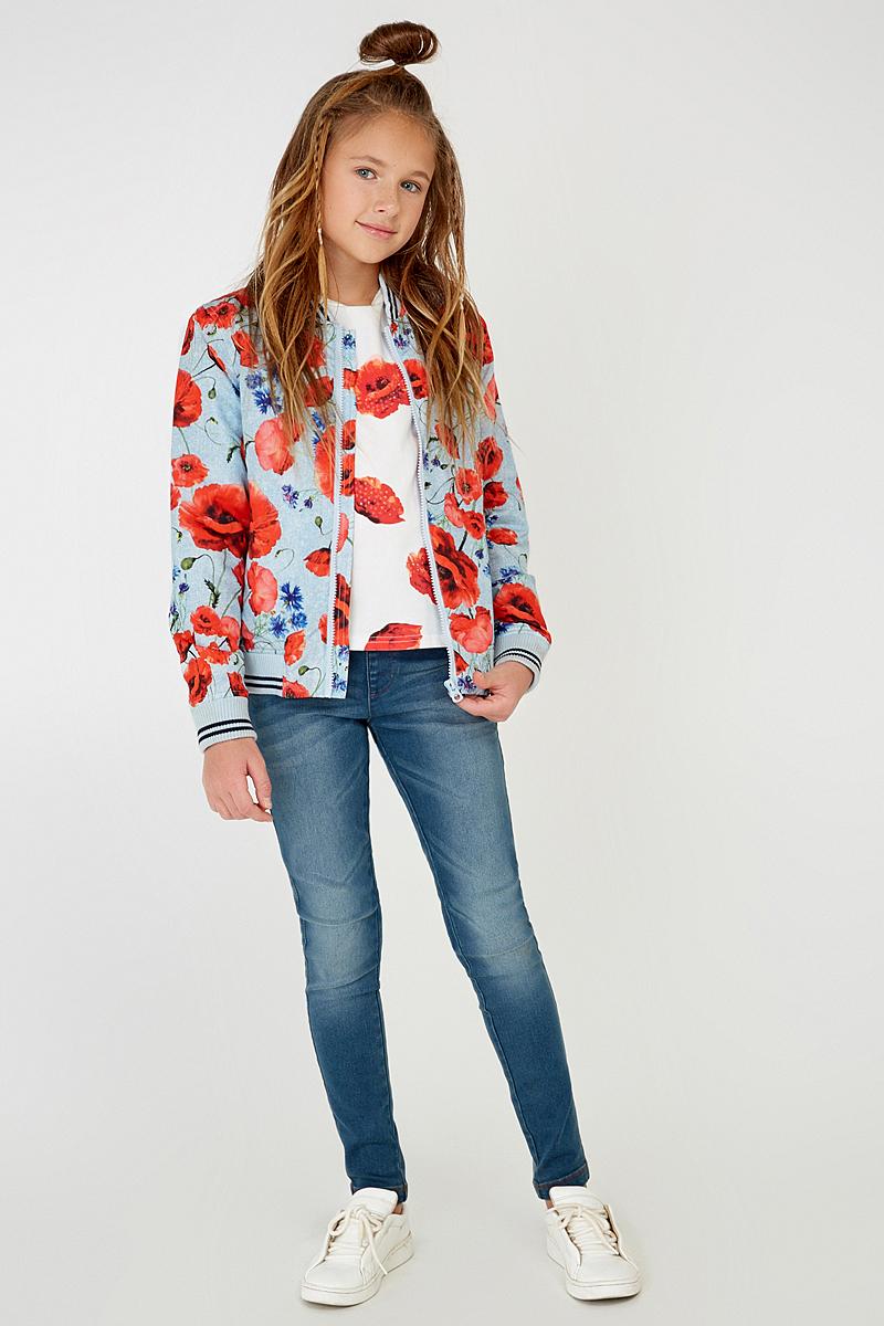 Куртка для девочки Acoola Jelle, цвет: голубой, красный. 20210130088_8000. Размер 14020210130088_8000Легкая куртка-бомбер Acoola Jelle для девочки - необходимая вещь в гардеробе юной модницы. Куртка выполнена из полиэстера с тонким слоем синтепона. Модель с воротником-стойкой застегивается на застежку-молнию и дополнена двумя прорезными карманами. Низ изделия и рукава отделаны трикотажными резинками. Куртка декорирована ярким цветочным принтом. В такой куртке ваша девочка всегда будет в центре внимания!