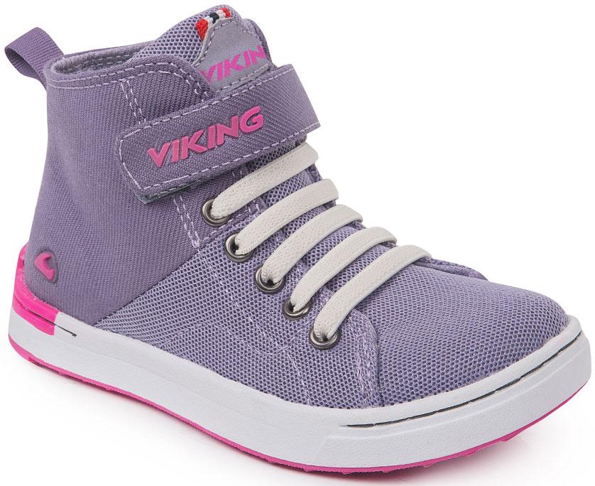 Кеды для девочки Viking Frogner kds MID, цвет: сиреневый. 3-47780-00396. Размер 203-47780-00396Модные высокие кеды от Viking приведут в восторг вашу девочку! Модель выполнена из полиэстера. Классическая шнуровка и ремешок на застежке-липучке, расположенный на подъеме, обеспечивают надежную фиксацию модели на ноге. Ремешок оформлен названием бренда. Ярлычок на заднике облегчает обувание. Внутренняя поверхность и стелька из текстиля комфортны при движении. Рифление на подошве гарантирует отличное сцепление с любыми поверхностями. Стильные и удобные кеды - необходимая вещь в гардеробе каждого ребенка.