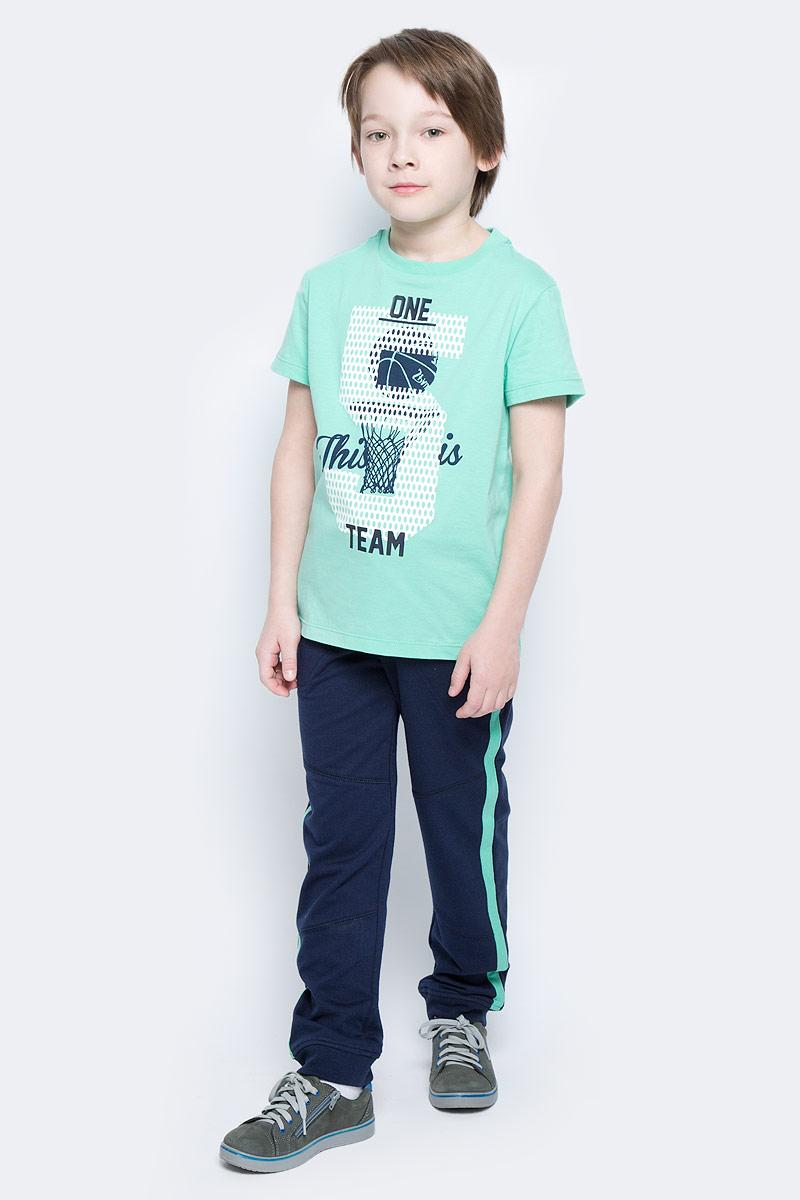 Футболка для мальчика Sela, цвет: пыльно-морской. Ts-811/1083-7122. Размер 152Ts-811/1083-7122Стильная футболка для мальчика Sela изготовлена из натурального хлопка и оформлена оригинальным принтом. Воротник дополнен мягкой трикотажной резинкой.Яркий цвет модели позволяет создавать модные образы.