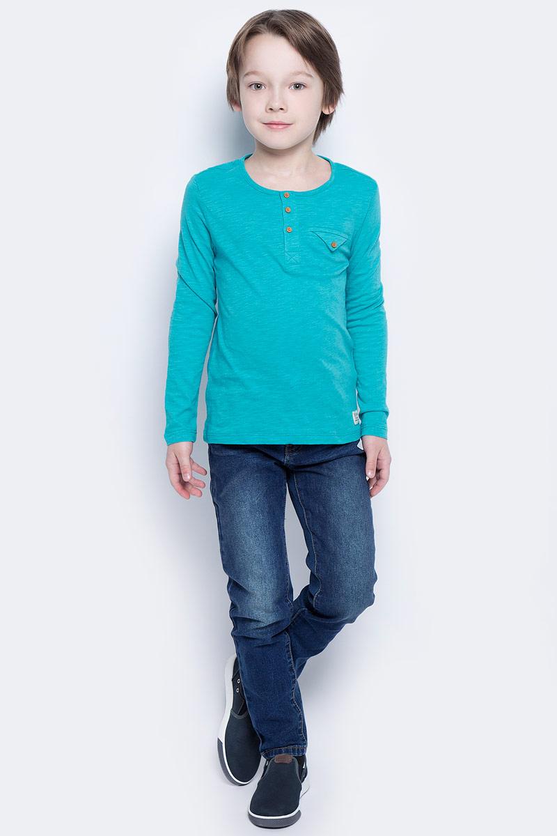 Футболка с длинным рукавом для мальчика Button Blue Main, цвет: бирюзовый. 117BBBC12052800. Размер 110, 5 лет117BBBC12052800Футболка с длинным рукавом и короткой планкой - не просто базовая вещь в гардеробе ребенка, а залог хорошего летнего настроения. Если вы планируете купить недорого стильную футболку для мальчика, эта модель - отличный выбор!