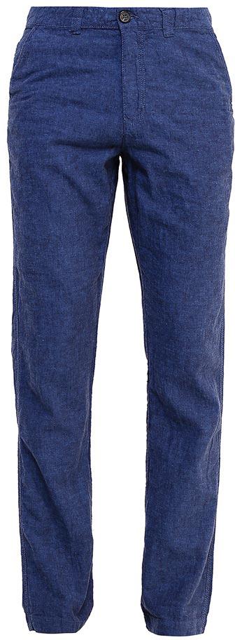 Брюки мужские Sela, цвет: темно-синий. P-215/530-7224. Размер 48P-215/530-7224Стильные мужские брюки Sela, изготовленные изо льна с добавлением хлопка, станут отличным дополнением гардероба. Брюки полуприлегающего кроя и стандартной посадки на талии застегиваются на застежку-молнию и пуговицу. На поясе имеются шлевки для ремня. Модель дополнена двумя втачными карманами спереди и двумя прорезными карманами на пуговицах сзади.