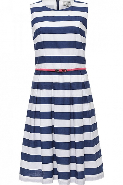 Платье Finn Flare, цвет: темно-синий. S17-14084_101. Размер S (44)S17-14084_101Платье Finn Flare выполнено из хлопка. Модель с круглым вырезом горловины оформлено принтом в полоску.