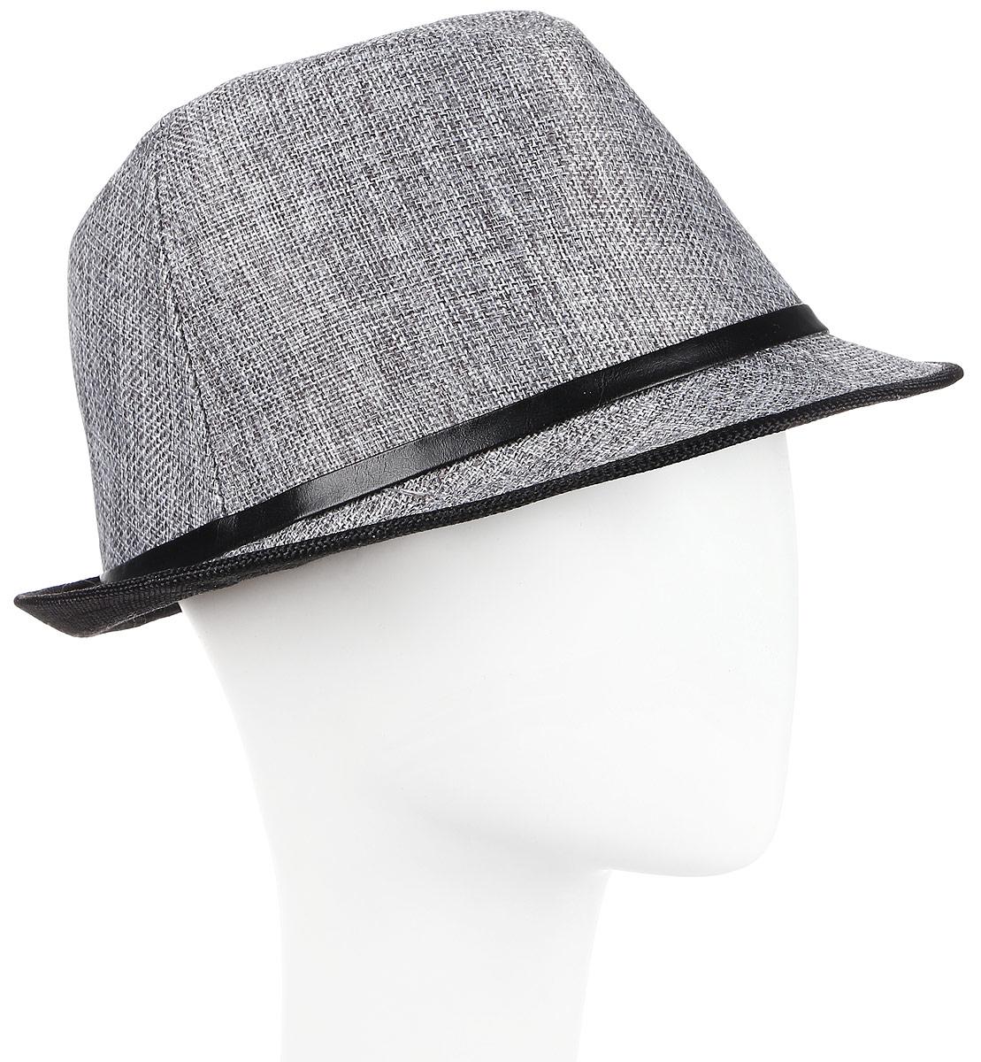 Шляпа мужская Maxval, цвет: серый. HtY131013. Размер 57HtY131013Модная шляпа Maxval выполнена из качественной бумажной соломки. Шляпа с полями дополнена декоративным шнурком. Эта модель станет отличным аксессуаром и дополнит ваш повседневный образ.