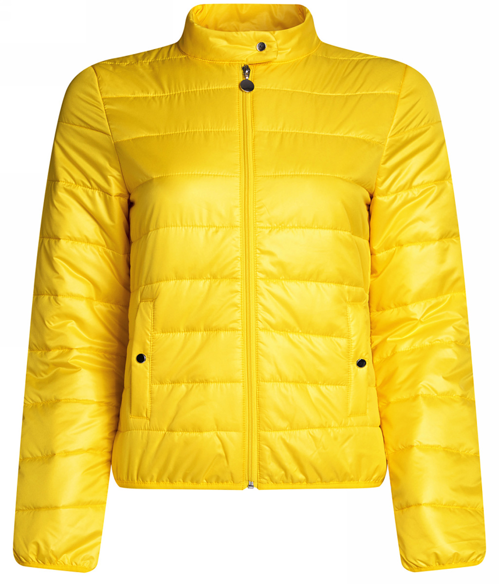 Куртка женская oodji Ultra, цвет: лимонный. 10203060/43363/5100N. Размер 42-170 (48-170)10203060/43363/5100NЖенская куртка oodji Ultra выполнена из высококачественного материала, в качестве подкладки используется полиэстер. Утеплитель - синтепон. Модель с воротником-стойкой застегивается на застежку-молнию и дополнительно сверху на кнопку. Спереди расположено два втачных кармана на кнопках.
