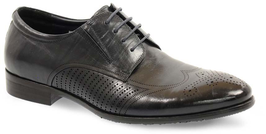 Туфли мужские Vera Victoria Vito, цвет: черный. 12-633-5-LUX. Размер 4412-633-5-LUXЭлегантные мужские туфли от Vera Victoria Vito займут достойное место среди вашей коллекции обуви. Модель выполнена из натуральной высококачественной кожи и оформлена перфорацией. Шнуровка позволяет прочно зафиксировать модель на ноге. Резинки, расположенные на подъеме, обеспечивают оптимальную посадку модели на ноге. Стелька из натуральной кожи позволяет вашим ногам дышать. Каблук и подошва с рифлением обеспечивают отличное сцепление с поверхностью. Стильные туфли прекрасно дополнят ваш деловой образ.