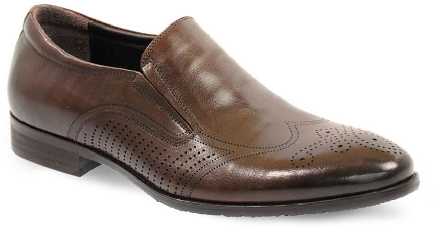 Туфли мужские Vera Victoria Vito, цвет: коричневый. 12-634-6-LUX. Размер 4512-634-6-LUXМодные мужские туфли от Vera Victoria Vito не оставят вас равнодушным. Модель выполнена из натуральной кожи и оформлена перфорацией. Резинки, расположенные на подъеме, гарантируют оптимальную посадку обуви на ноге. Подкладка и стелька из мягкой кожи, предотвратят натирание и обеспечат комфорт при носке. Подошва, изготовленная из прочной и гибкой резины, дополнена небольшим каблуком. Рифление подошвы гарантирует отличное сцепление с различными поверхностями. Стильные туфли - незаменимая вещь в гардеробе каждого мужчины.