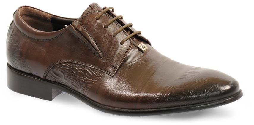 Туфли мужские Vera Victoria Vito, цвет: коричневый. 12-631-6. Размер 4512-631-6Элегантные мужские туфли от Vera Victoria Vito займут достойное место среди вашей коллекции обуви. Модель выполнена из натуральной высококачественной кожи.Изделие оформлено тиснением и небольшой металлической пластиной с логотипом бренда. Резинки, расположенные на подъеме, гарантируют оптимальную посадку модели на ноге. Шнуровка позволяет прочно зафиксировать обувь на ноге. Стелька из натуральной кожи позволяет вашим ногам дышать. Каблук и подошва с рифлением обеспечивают отличное сцепление с поверхностью. Стильные туфли прекрасно дополнят ваш деловой образ.