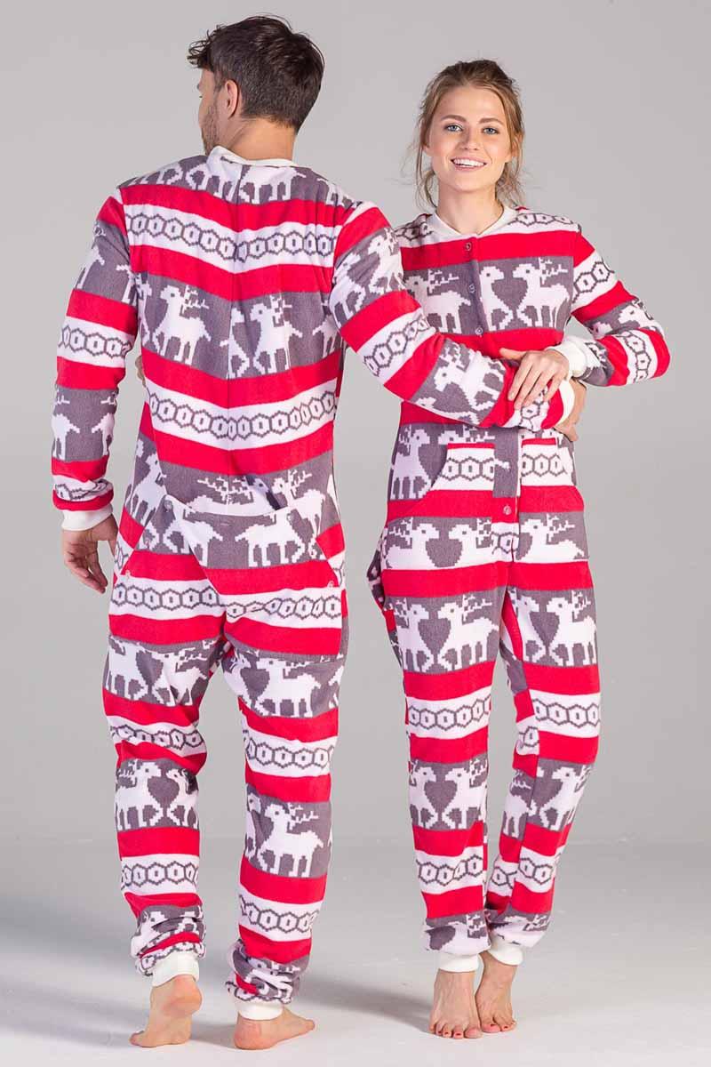Пижама Футужама Скандинавские узоры, цвет: коричневый, красный, белый. 100902. Размер M (48)100902Пижама-комбинезон от Футужама выполнена из мягкого флиса. Модель застегивается на пуговицы. Сзади имеется удобный карман, который так же, как вся пижама застегивается на пуговицы. Манжеты и низы брючин отделаны широкими манжетами.