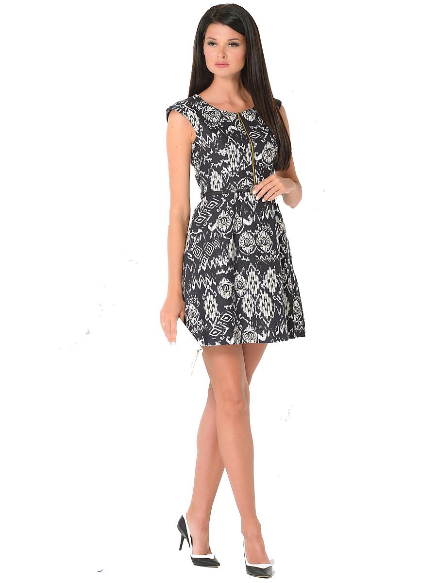 Платье Milton, цвет: белый, черный, желтый. WD-2418V. Размер 50WD-2418VПлатье полуприлегающего силуэта, без рукавов, со спущенной линией плеча, отрезное по линии талии, со съемным ремешком. На юбке по линии талии заложены мягкие складки.