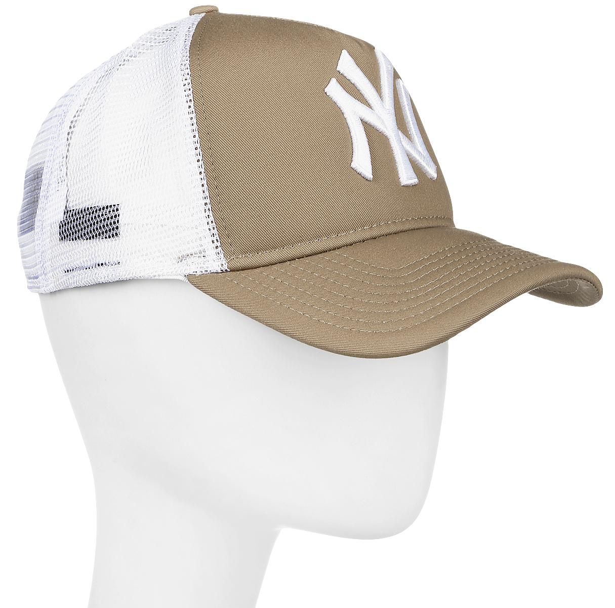 Бейсболка New Era Mlb Clean Trucker, цвет: темно-бежевый. 11379802-KHI. Размер универсальный11379802-KHIМодная бейсболка New Era, выполненная из высококачественного материала, идеально подойдет для прогулок, занятий спортом и отдыха.Изделие оформлено объемным вышитым логотипом знаменитой бейсбольной команды New York Yankees и логотипом бренда New Era, сзади купол кепки исполнен из сетки для большей воздухопроницаемости.Бейсболка надежно защитит вас от солнца и ветра. Эта модель станет отличным аксессуаром и дополнит ваш повседневный образ.