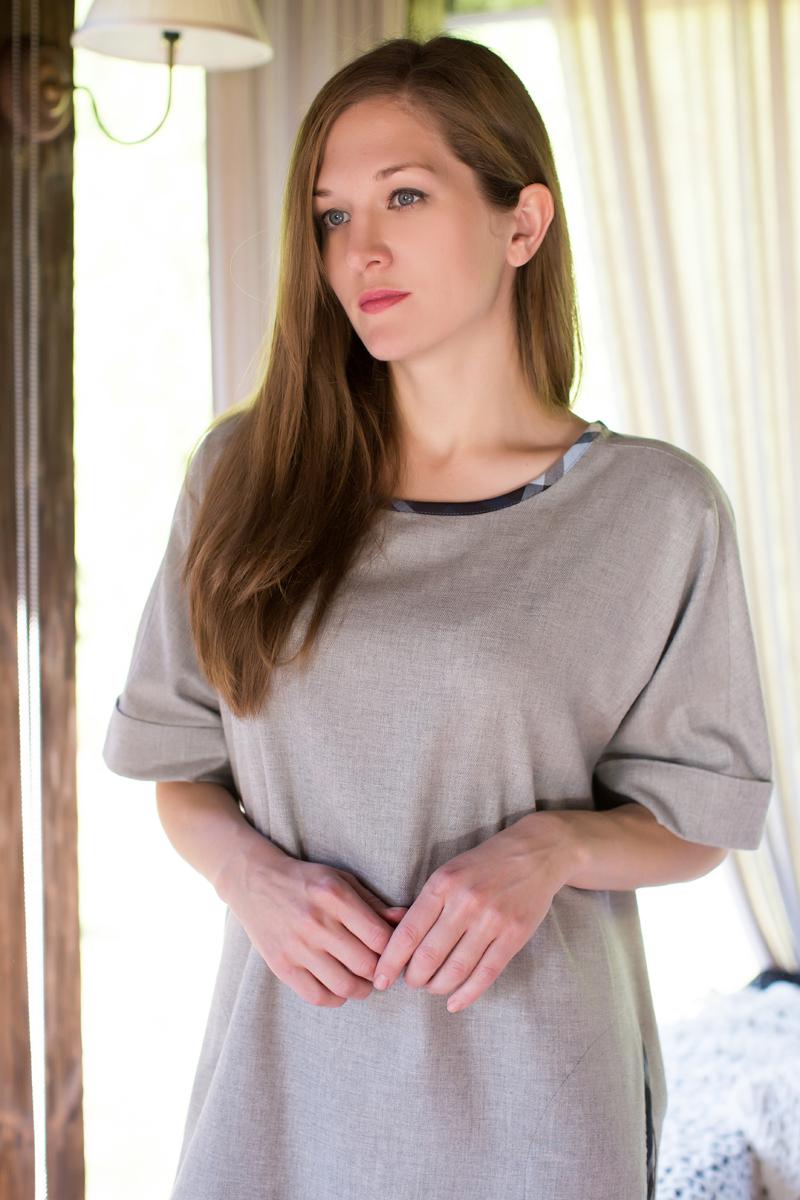 Платье домашнее Marusя, цвет: серый. 160022. Размер L (48)160022Домашнее платье Marusя изготовлено из качественного хлопка. Изделие свободного кроя с короткими рукавами. Круглая горловина отделана контрастной тканью.